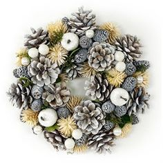 30 nápadů na vánoční dekorace za pár korun Christmas Wreaths, Holiday Decor, Home Decor, Christmas, Decoration Home, Room Decor, Home Interior Design, Home Decoration, Interior Design