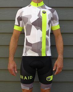 431ca3521 KOMRAID performance clothing - Beautifully-designed
