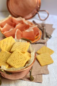 Italian Food - Biscotti salati al formaggio
