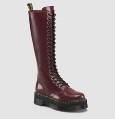 BRITAIN 20 EYE BOOT CHERRY RED $259.99