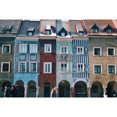 Lovely lovely Poznań | Nunca te odiaría por marcharte, porque un día, sin avisar, me salvaste. Y esas son de las cosas que nunca se olvidan | Poznań, Poland 🇵🇱