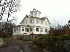 gammaldags stil hus ritad av Peo Oscarsson på arkitektrådet