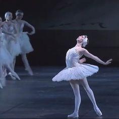 Ballet Gif, Ballet Dance Videos, Dance Tips, Dance Choreography Videos, Dance Poses, Ballet Dancers, Ballerina Poses, Ballerina Photography, Dance Photography Poses