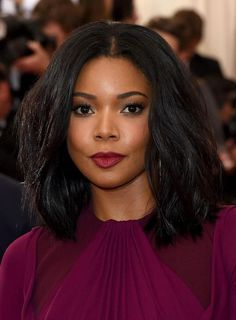 Gabrielle Union Bob Style Medium Wavy Lace Front Human Hair Wig 14 Inches
