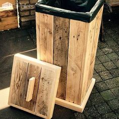 Pallet Kitchen Garbage Bin