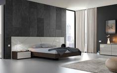 Moderno dormitorio, con base elevada y líneas inspiradas en la belleza de lo minimalista.   #interiorismo #valencia #interioristas #diseño #design #livingroom #dormitorios #muebles #mobiliario #bedroom #inspiracion #inspiration #interiordesign
