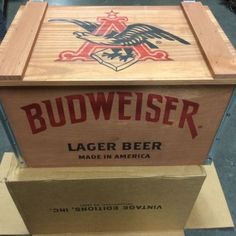 BUDWEISER VINTAGE WOODEN BEER CRATE BUD LIGHT CHRISTMAS GIFT FOR DAD #christmasgifts #christmas2014 #gifts