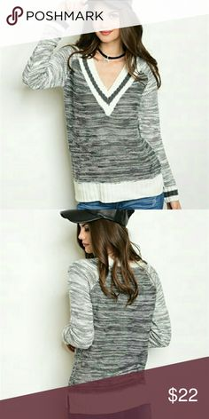 NWT V NECK CHARCOAL SWEATER 100% ACRYLIC LONG SLEEVE V NECK FRONT MARBLED FABRIC PULLOVER SWEATER Sweaters V-Necks