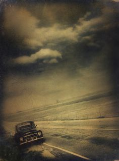 a hole by the road Coffee Cream, Game Art, Clouds, Dark, Amazing, Photography, Outdoor, Gothic, Walking