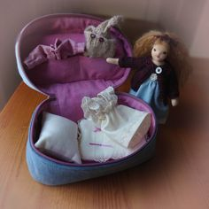 Bendy doll playset, dollhouse doll, posable Waldorf style doll, with wardrobe, carry bag Mohair Yarn, Dollhouse Dolls, Carry On Bag, Wool Sweaters, Bedtime, Bag Making, Quilts, Children, Fun
