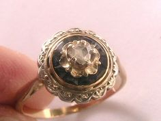 #vintage #vintagering #engagementring #vintageengagementring #wedding