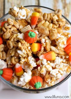 Pumpkin Snack Mix recipe on Snack Mix Recipes, Fall Recipes, Holiday Recipes, Cooking Recipes, Snack Mixes, Fall Snacks, Holiday Snacks, Halloween Desserts, Halloween Treats