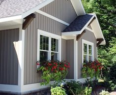 board and batten vinyl siding colors - Bing images Vinyl Siding Colors, Exterior Paint Colors For House, Paint Colors For Home, Siding Colors For Houses, Vinyl Siding Styles, Outdoor House Colors, Painting Vinyl Siding, Cottage Exterior Colors, Exterior Siding Colors