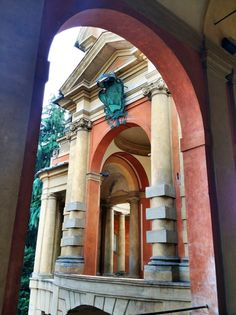 Gorgeous colors on the way to the Basilica di San Luca~ Bologna, Italy #Blogville