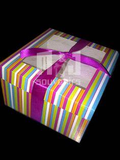 Caja para Dulces Materiales: Cartulina