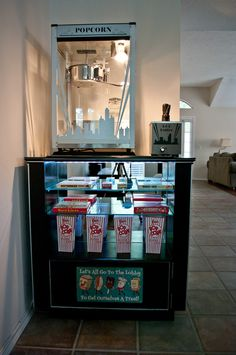 DIY Concession/Popcorn Machine Stand – Home theaters Movie Theater Rooms, Home Cinema Room, Home Theater Setup, Home Theater Design, Home Theater Seating, Theatre Rooms, Theater Room Decor, Popcorn Stand, Home Theater