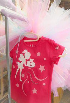 Mianey 1st Birthday #diyparty #tutu #vinyl #silhouette #1stbirthday #kidsparty #springideas #candyfloss #girlsshirts Candyfloss, Diy Party, First Birthdays, Tutu, Silhouette, Spring, Shirts, Ballet Skirt, Tutus