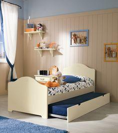 Bedroom with storage bed | Cameretta con letto contenitore Callesella