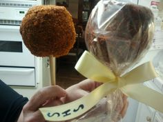 Mexican candy apple... LOVE these apples covered in tamarindo & chile
