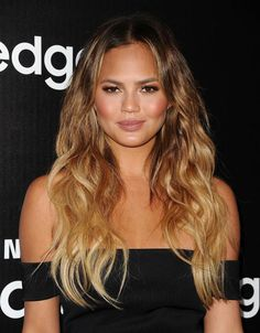 From Subtle to Daring: The Fall & Winter Hair Trends Everyone's Trying: Long Messy Waves