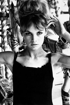 See the Iconic Photos A look back at Jean Shrimpton, the style icon. See the and fashion icon's best looks of all time:A look back at Jean Shrimpton, the style icon. See the and fashion icon's best looks of all time: Jean Shrimpton, 1960s Fashion, Fashion Models, Ski Fashion, London Fashion, Icon Fashion, Sporty Fashion, Fashion Weeks, Fashion Clothes