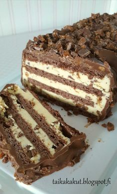Yummy Eats, Yummy Food, Baking Recipes, Cake Recipes, Campfire Cake, Candy Cakes, Vegan Cake, Piece Of Cakes, Cakes And More