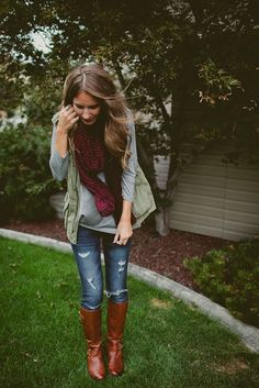 Fall weather layering with gray long sleeve and olive army vest // Twenties Girl Style