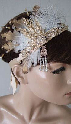 Best Winter Fashion Outfits Part 1 Fascinator, Headpiece, Halloween Outfits, Halloween Party, Winter Fashion Outfits, Fashion Ideas, Fashion Fashion, Gatsby Headband, 1920s Theme