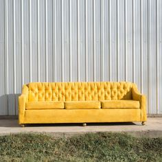 Sunny Sofa: Adding an instant pop of color into your lives, Sunny loves serving as a single statement piece.  | Birch & Brass Photobooth Inspiration