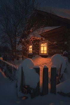 A Rustic Winter cabin Winter Szenen, Winter Cabin, Winter Love, Winter Christmas, Cozy Cabin, Winter Holidays, Snow Cabin, Cozy Cottage, Snow Scenes