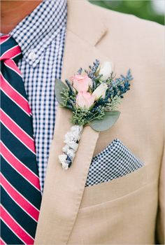 navy and coral instead of pink... groomsman idea #groom #boutonniere #weddingchicks http://www.weddingchicks.com/2014/04/11/bbq-wedding/