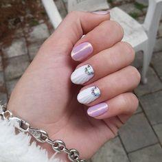 #notpolish #nails #nailart #naildesign #nails2016 #crystalnails #nailstagram #crystals #budapest #instanails #instagood #nagel #naildecor #instadaily #mik #ikozosseg #nailoftheday #hungarian #nails2inspire #köröm #műköröm #handpainted #gellak #körömdíszítés #likeforlike #nailartaddict #mermaideffect #sellopor #seashell #shell