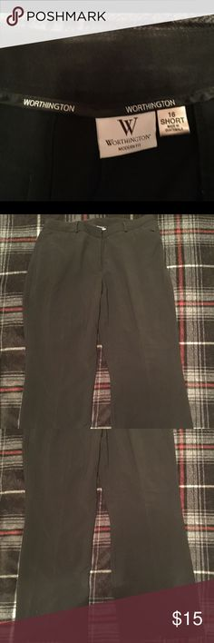 Worthington dress pants 👖 In excellent preloved condition Worthington Pants Straight Leg