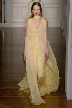 Valentino   Haute Couture - Spring 2017   Look 51