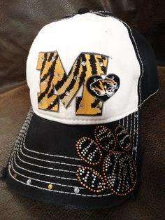Hey, I found this really awesome Etsy listing at https://www.etsy.com/listing/167416476/love-mu-mizzou-tigers-bling-paw-print