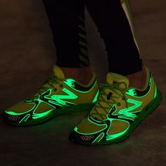New Balance 1400 Style: MR1400DY Men's Running Glow in the dark material application Safety First