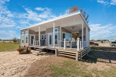 Tiny House Builders, Tiny House Listings, Tiny House Plans, Tiny House On Wheels, Tiny House Design, Tiny Cabins, Cabins And Cottages, Beach Cottages, Beach Houses