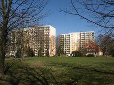 DDR Danchis    DDR-Plattenbau mit altersgerechten Wohnungen. by AndreasApel    panoramio.com
