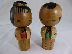 vintage-wooden-Japanese-kokeshi-dolls