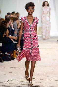 Diane von Furstenberg Spring 2016 Ready-to-Wear Fashion Show - Amilna Estevão