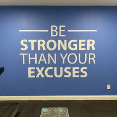 Physical Therapy Decor Gym Design Ideas Home Gym Ideas. Gym Room At Home, Indoor Gym, Ways To Stay Healthy, Basement Gym, Gym Design, Design Ideas, Old Video, Stronger Than You, Health Club