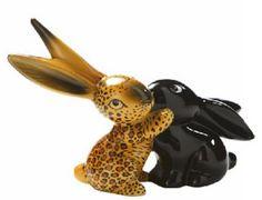Goebel bunnies in love