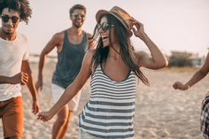 Enjoying youth and freedom. Group of young cheerful people running along the beach and looking happy Cleanse Day Isagenix, Cleanse For Life, People Running, Summer Is Coming, Summer Bucket Lists, Photoshop Actions, Lightroom, Photo Editing, Lounge