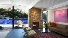 look at those beautiful colors in the rug! Not so hot about the wall of the pool though. #mcm #eichler