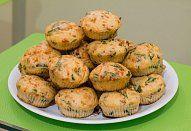 Bramborové muffiny Baked Potato, Potatoes, Baking, Breakfast, Ethnic Recipes, Food, Cupcakes, Salty Foods, Muffin Tin Recipes