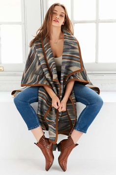 Pendleton Suede-Bound Blanket Wrap Poncho - Urban Outfitters