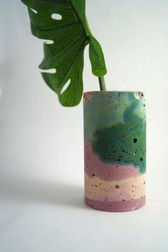 Emerald Green & Pink Large Vessel