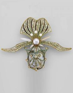 Georges Fouquet - An Art Nouveau gold, enamel, diamond and pearl orchid brooch, French, circa 1901.