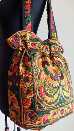 Sac à main ethnique style vintage travail par shopthailand sur Etsy