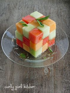 Checkerboard Melon Salad - cut in squares and make one big square on serving platter - drizzle with honey and cinnamon - could make like a pyramid for stunning party centerpiece